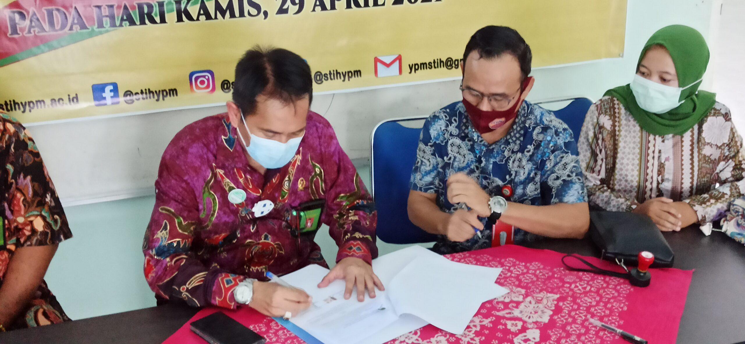 Penandatanganan MOU Antara PN Bangko dan STIH YPM